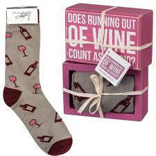 DOES RUNNING OUT OF WINE GIFT SET 105540