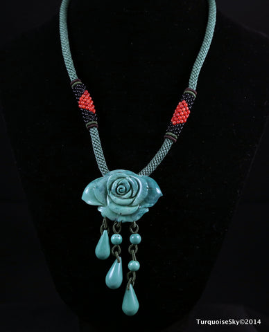 Natural flower shape turquoise necklace 18 inches