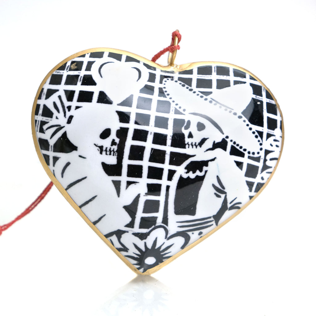Loving Couple Picado Heart Ornament