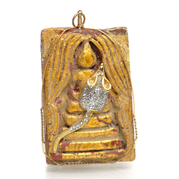 Thai Amulet Buddha with Rat