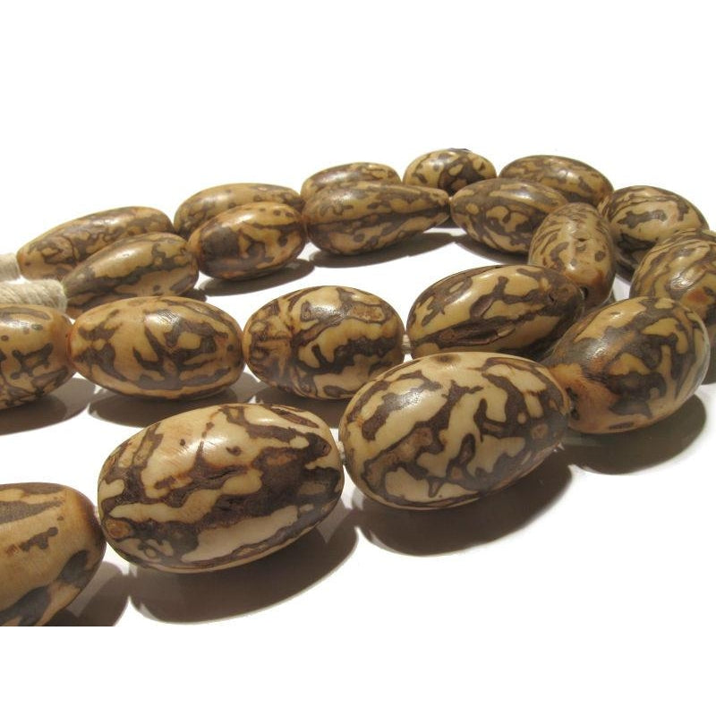 Kenya XL Doum Nut Beads 1