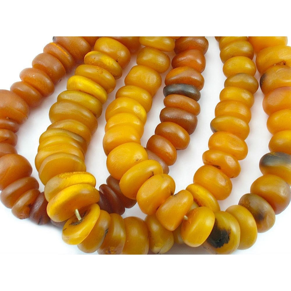 1940-60's Cast Resin Amber Dowry Strand Type 1