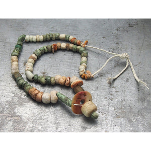 Pre-Columbian Greenstone and Spiny Oyster Necklace