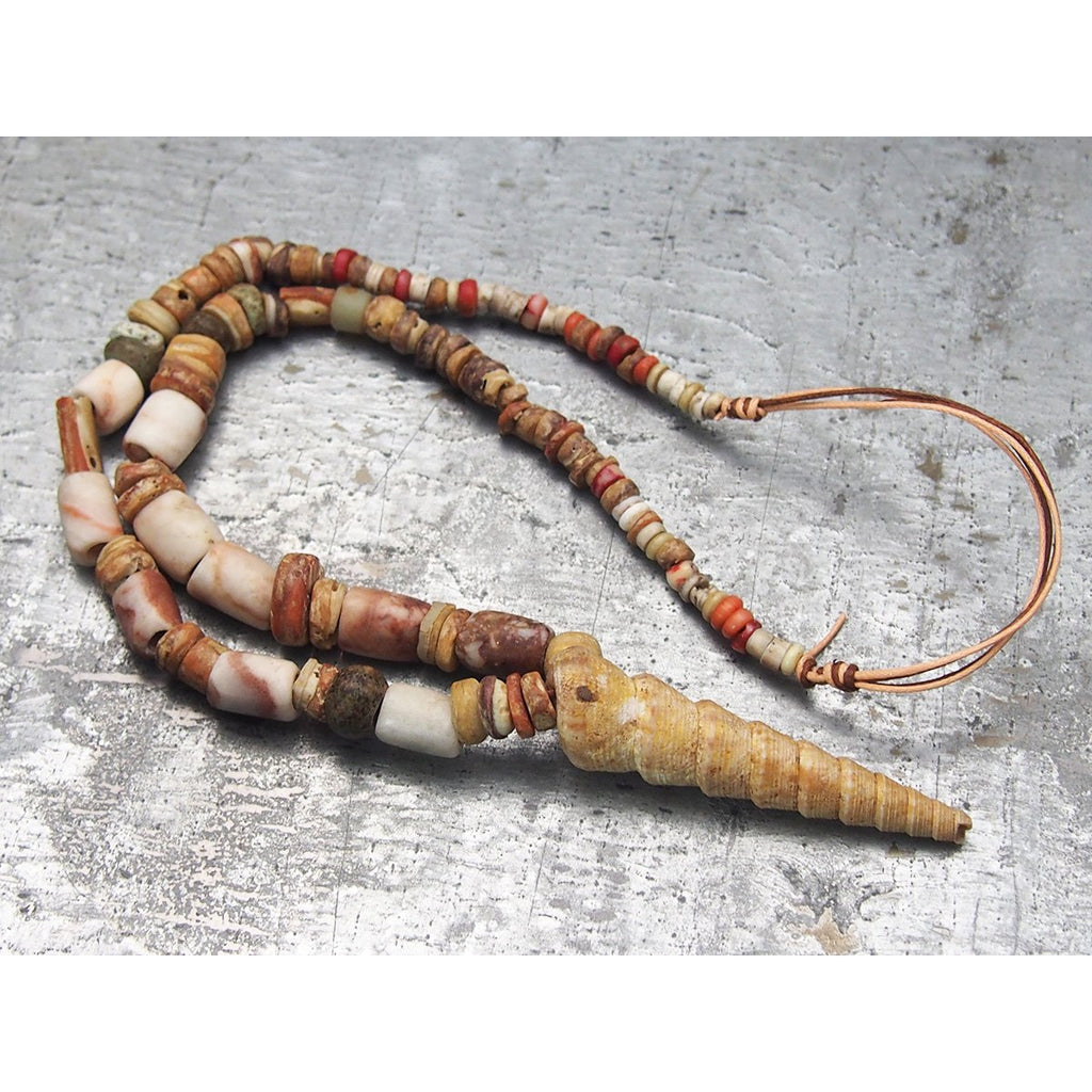Pre-Columbian Spiny Oyster and Crinoid Necklace, B