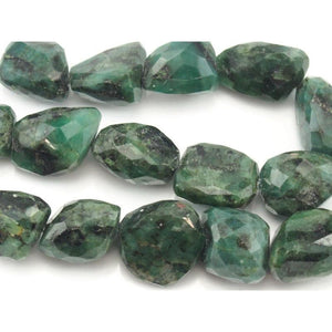 Emerald Raw Faceted Nuggets Strand