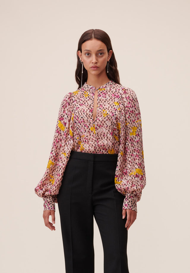 Blouse Bellami Kufiya Cosmos Pink - An extravagant blouse made of silk-viscose-devoré, featuring our Kufiya Cosmos... - 1/6