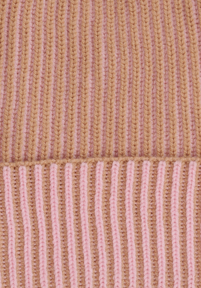 Cap Line Bicolor Camel & Pale Pink - A warm and cosy cap made of soft wool with... - 2/3