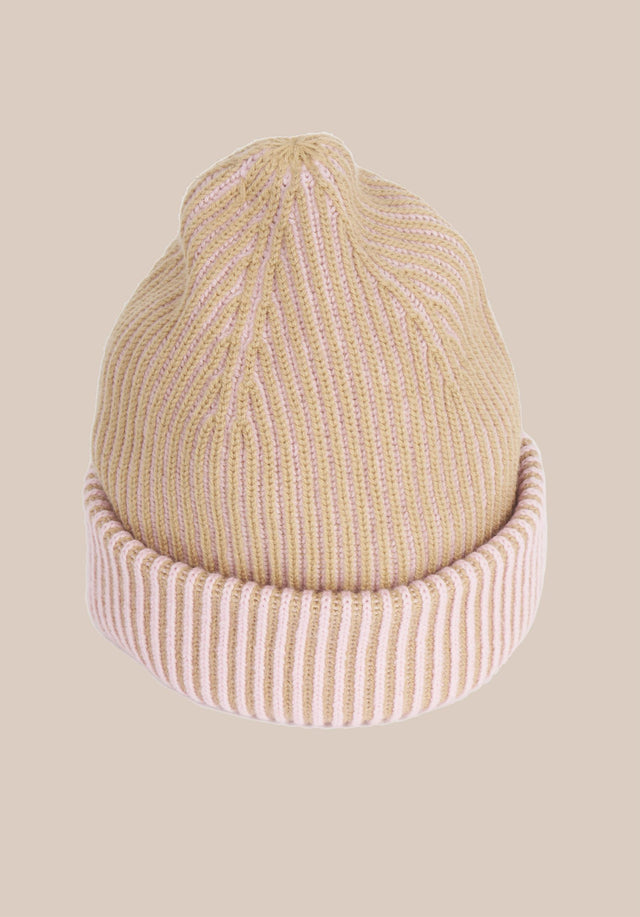 Cap Line Bicolor Camel & Pale Pink - A warm and cosy cap made of soft wool with... - 3/3