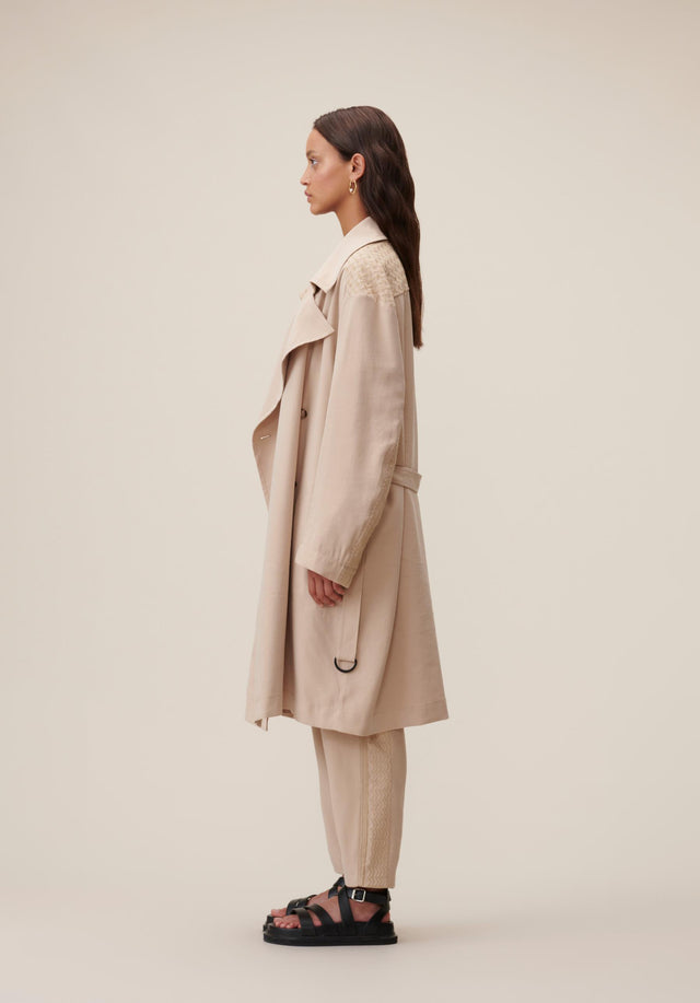 Coat Cleo Kufiya Embroidery - A lightweight trench coat in soft beige made of modal... - 2/5