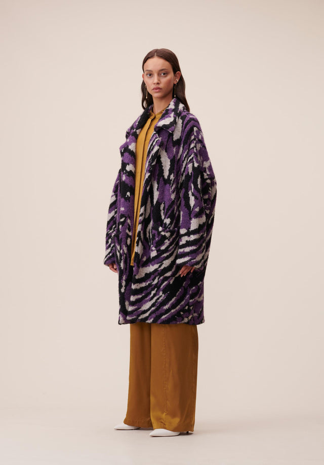Coat Keena Purple Zebra - A beautiful and warm coat made of high-quality jacquard featuring...