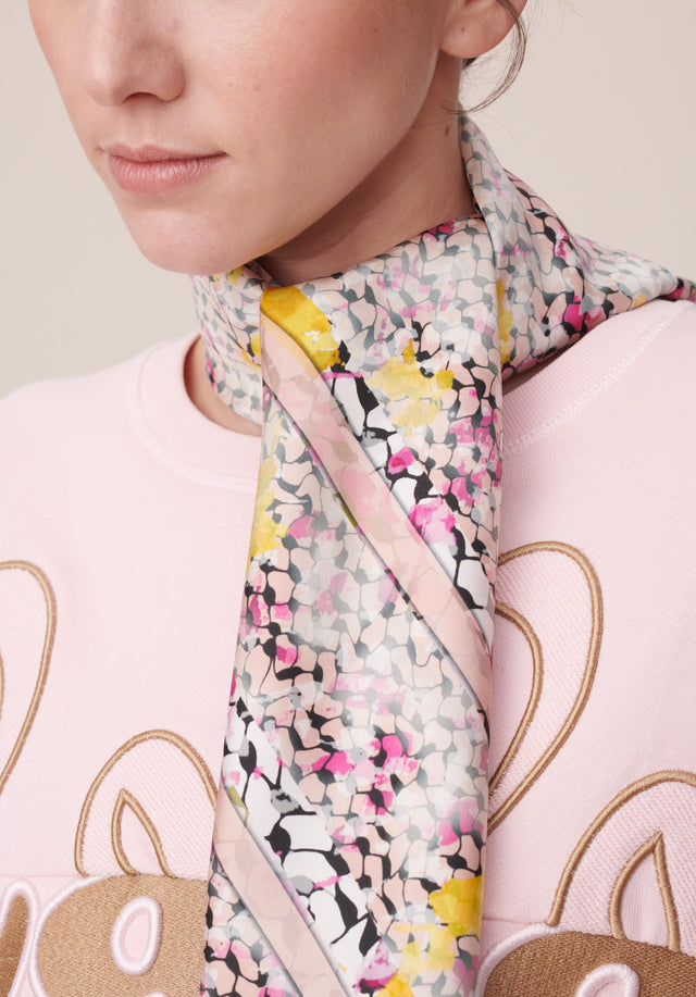Cube Ariel M Kufiya Cosmos Pink - A fine and lightweight rectangular scarf made of 100% silk,... - 2/4