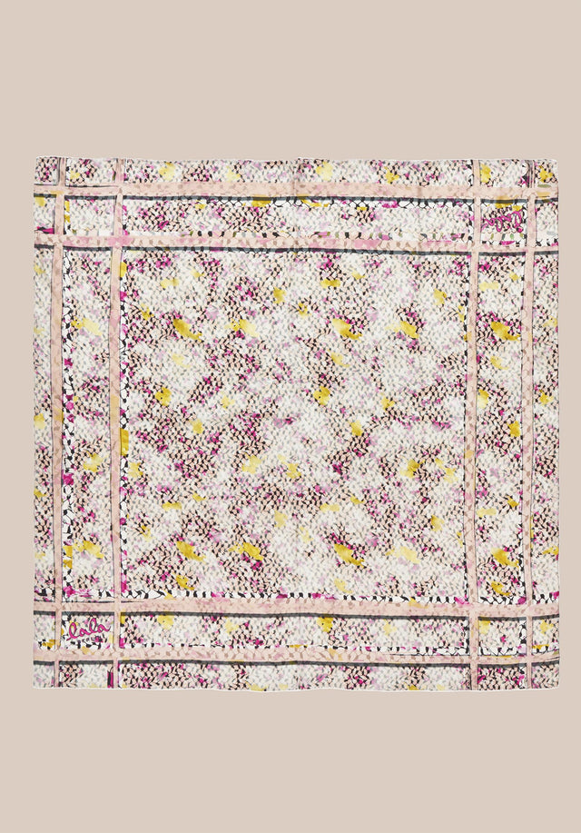 Cube Ariel M Kufiya Cosmos Pink - A fine and lightweight rectangular scarf made of 100% silk,... - 4/4