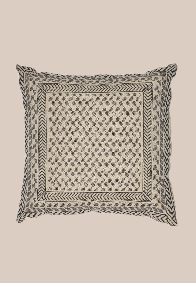 Cushion Criada Camel Black Kufiya - A cosy pillow made of 100% cotton with a beautiful... - 4/7