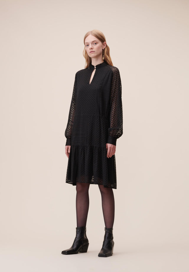 Dress Darcya Kufiya Embroidery Black - A feminine and uncomplicated embroidered dress, accentuated with wide sleeves,...