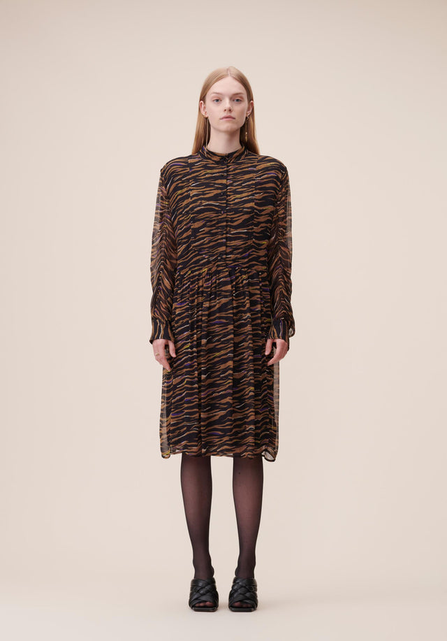 Dress Delisa Black Zebra - A light and feminine dress in our vibrant Fall/Winter 20...