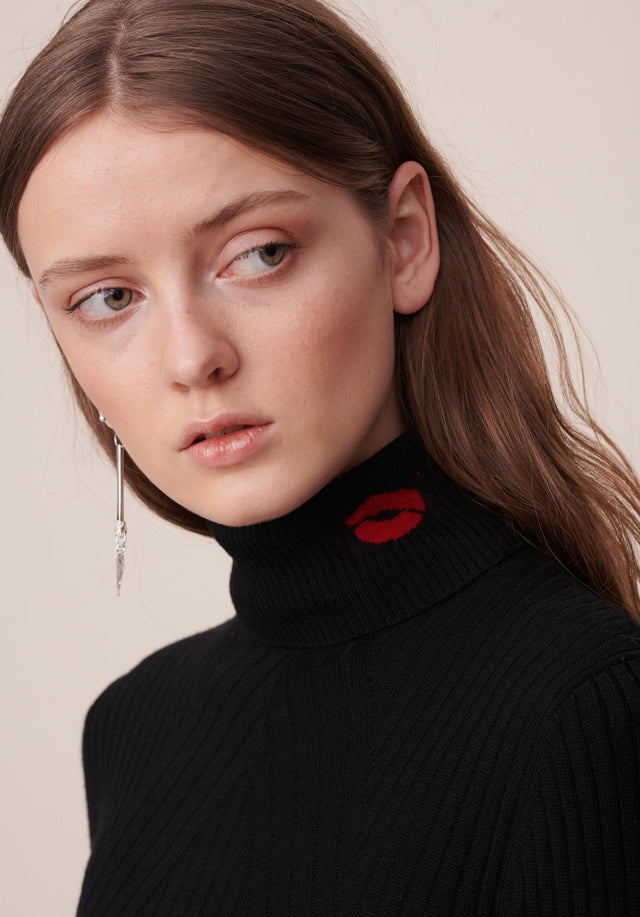 Jumper Becky Black - An elegant turtle neck jumper in classic black made of... - 3/6