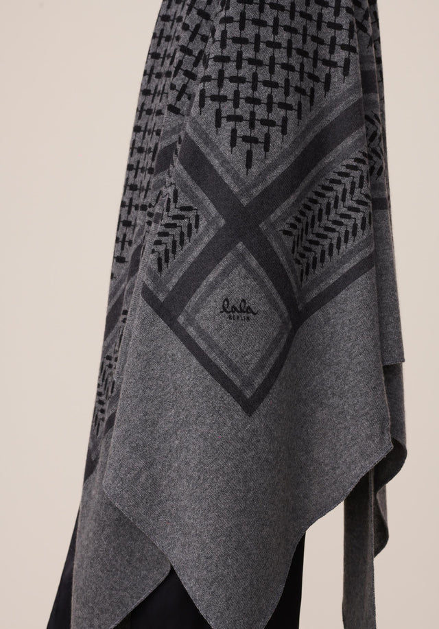Triangle Trinity Classic L Lubecca Dark grey melange - A large luxuriosly soft, triangle shaped cashmere scarf, featuring a... - 3/6