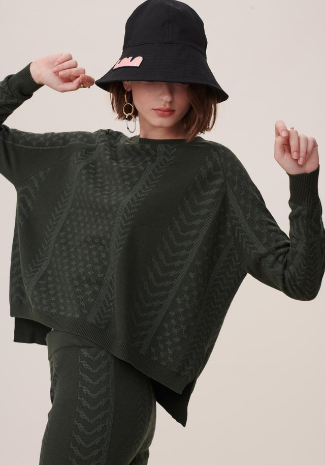 Jumper Kanila Olive - A comfy sweater made of a viscose and cotton blend...