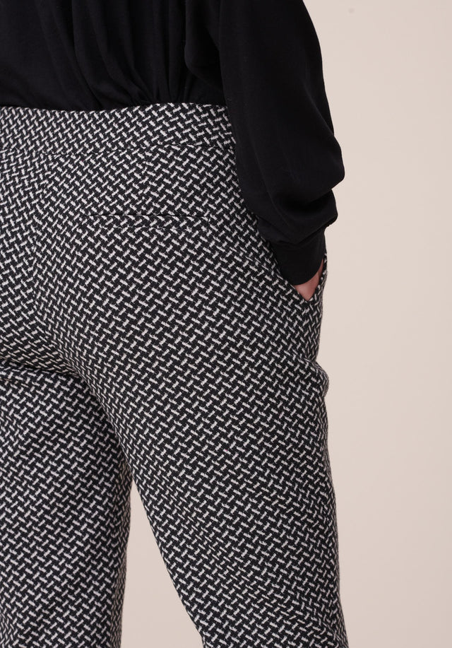 Pants Pauli Kufiya Black_White - Classy pants made of a stretchy cotton blend jacquard with... - 4/6