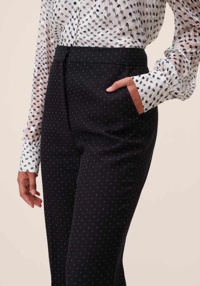 Pants Polli White Dots Black & White Dots - A carefully tailored, 70s inspired dress pant, topped off with... - 2/6