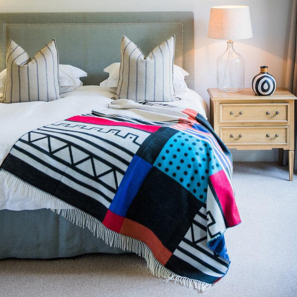 Geometric Ethnic Pattern Print | Throw Blanket