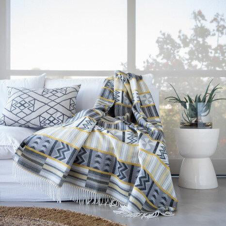 Kente-Inspired Ethnic Pattern Print | Throw Blanket