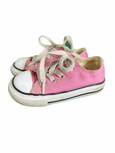 Converse Pink Low Tops (size 6)