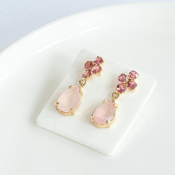 Elegant Rose Quartz Earrings - Gol Plated