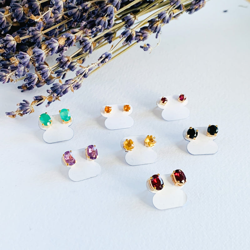 Stud Earrings - Natural Stones and Gold plated
