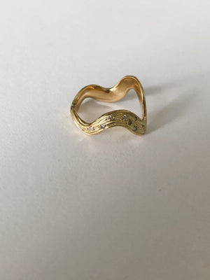 Amazon Ring, Diamond