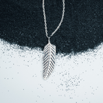 Load image into Gallery viewer, SILVER FEATHER PENDANT