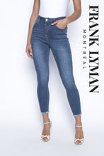 Load image into Gallery viewer, Frank Lyman Jeans 190117U - Lucindas on-line