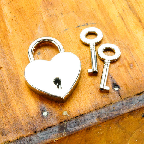 Axovus Heart Shaped Lock with Keys
