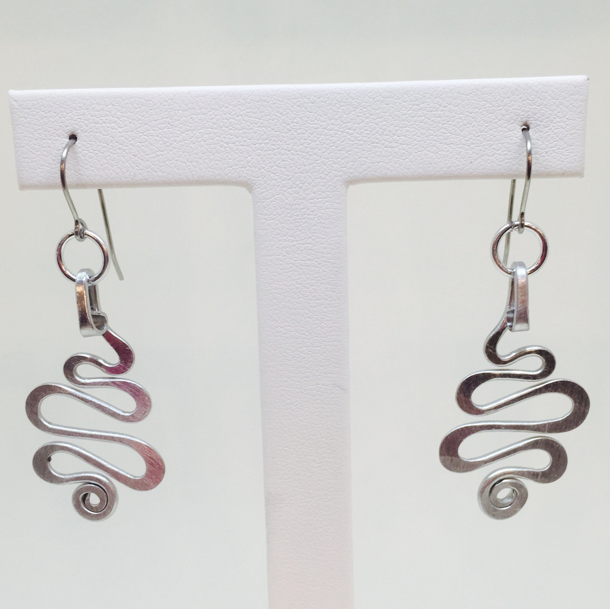 Small Squiggle Earring