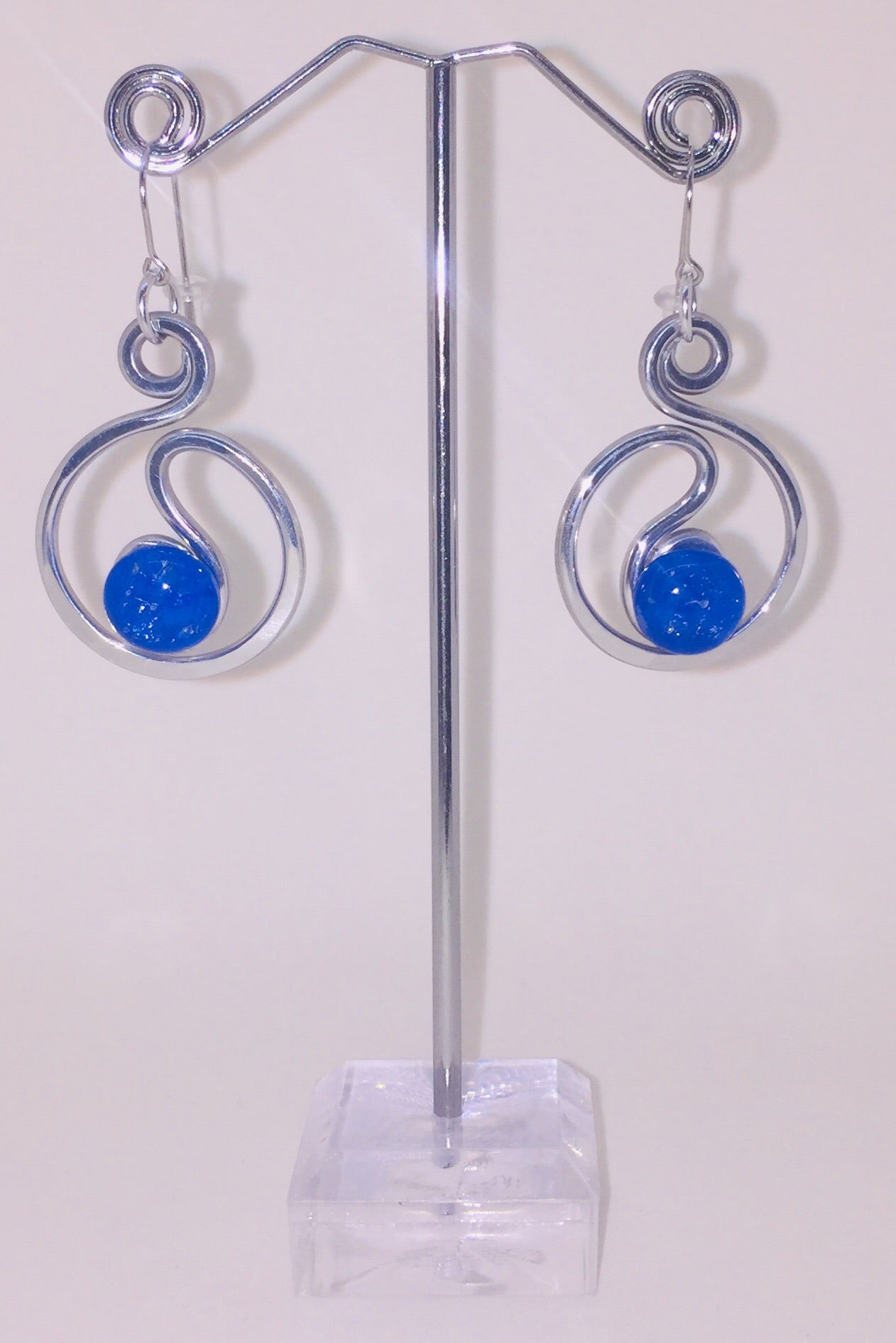 Open Scribble Earring with Royal Blue Stone