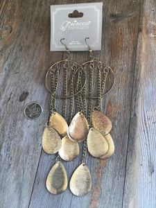 Mineral block, glycerine gold colours to offer  Western bohemian dangling earrings very light