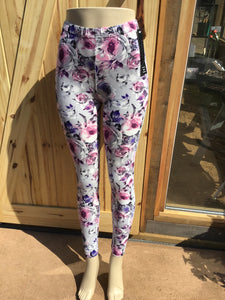 Womens best leggings BUTTERY SOFT LEGGINGS One Size soft paisley flower Print