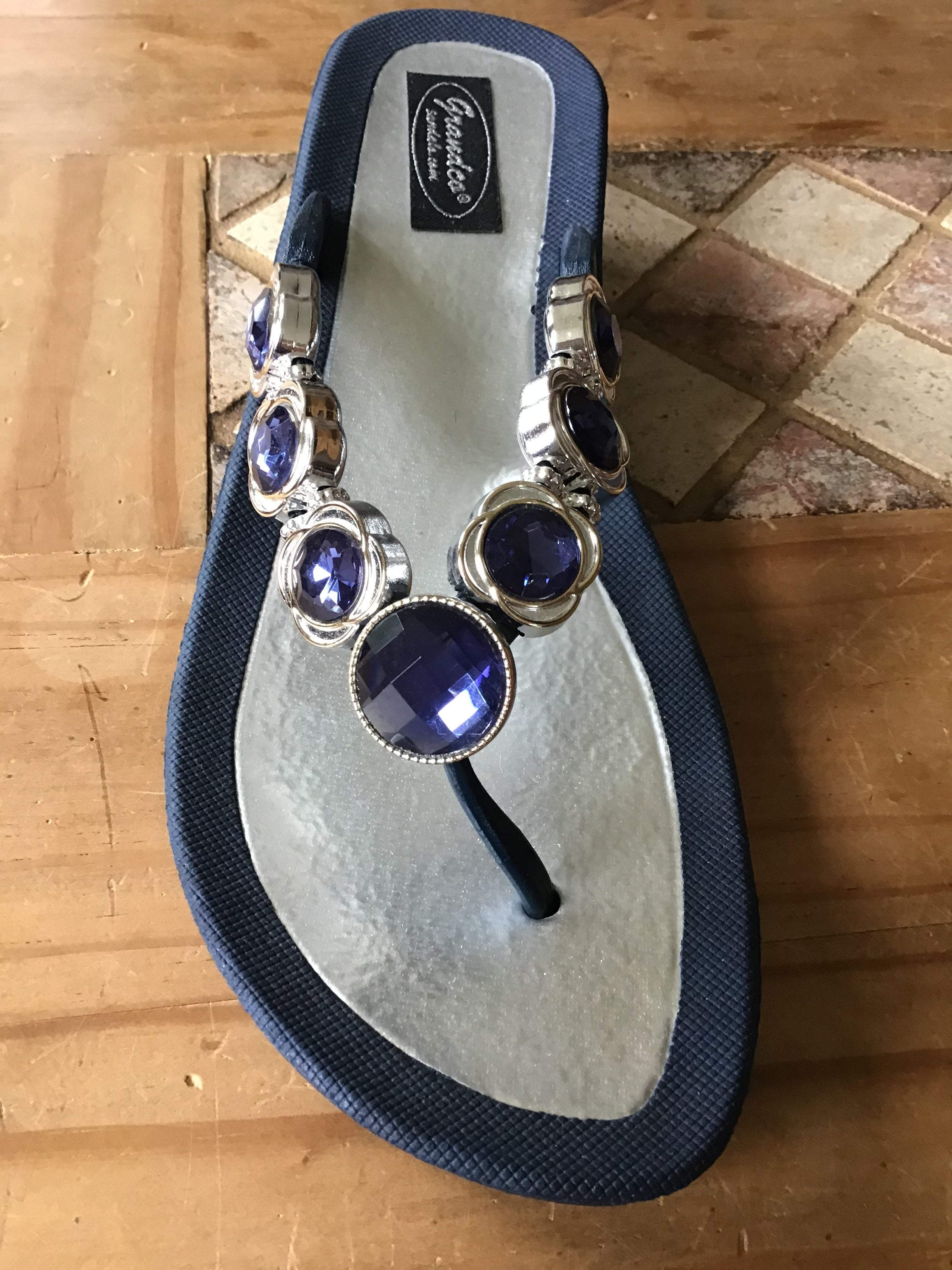 Gorgeous bling sandals with wedge V-thong sandal Gorgeous blue