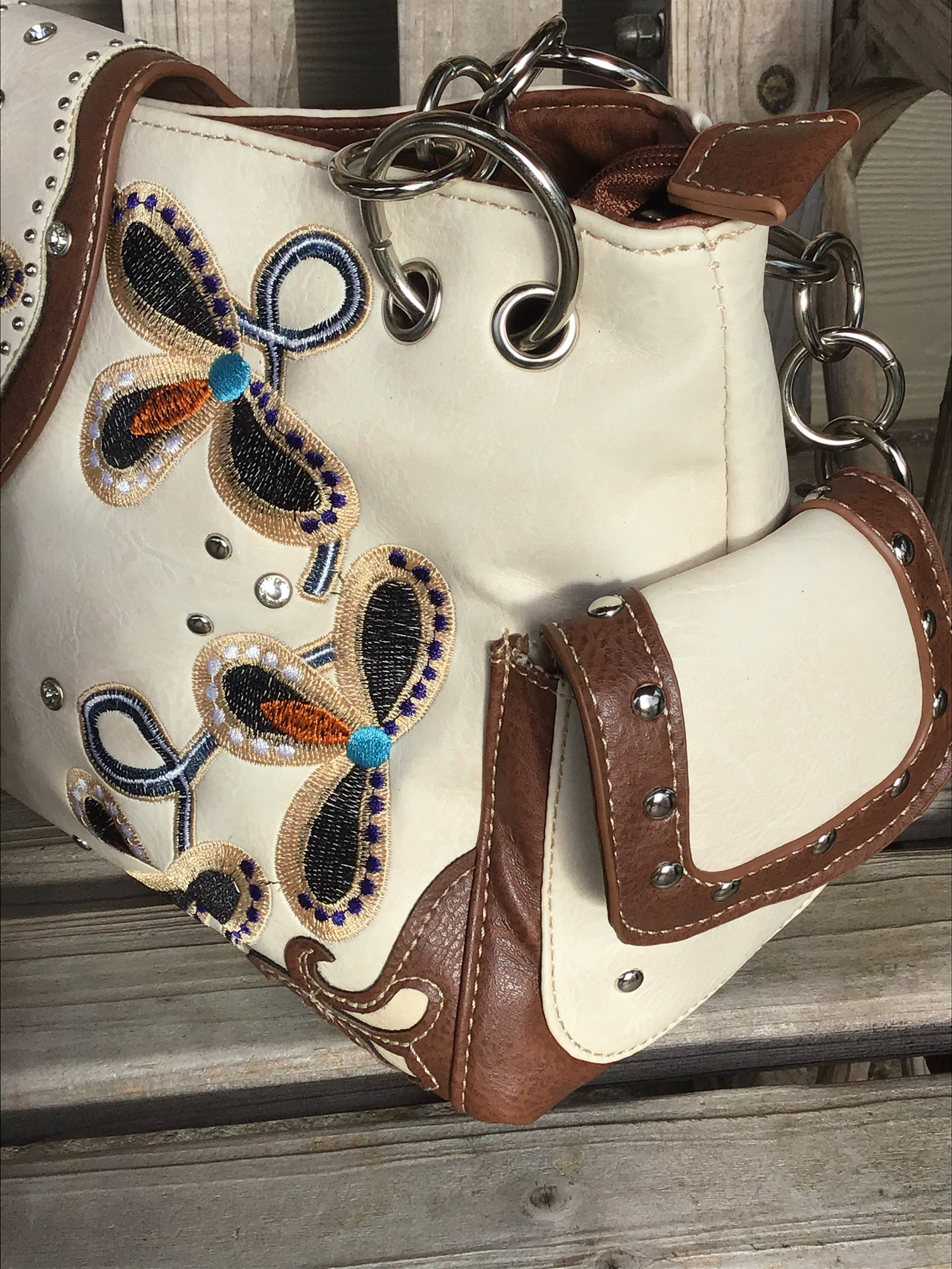 Western Buckle Floral Embroidery Buckle