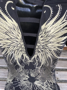 Woman's gorgeous tattoo wings rhinestone short sleeve V-neck top open back