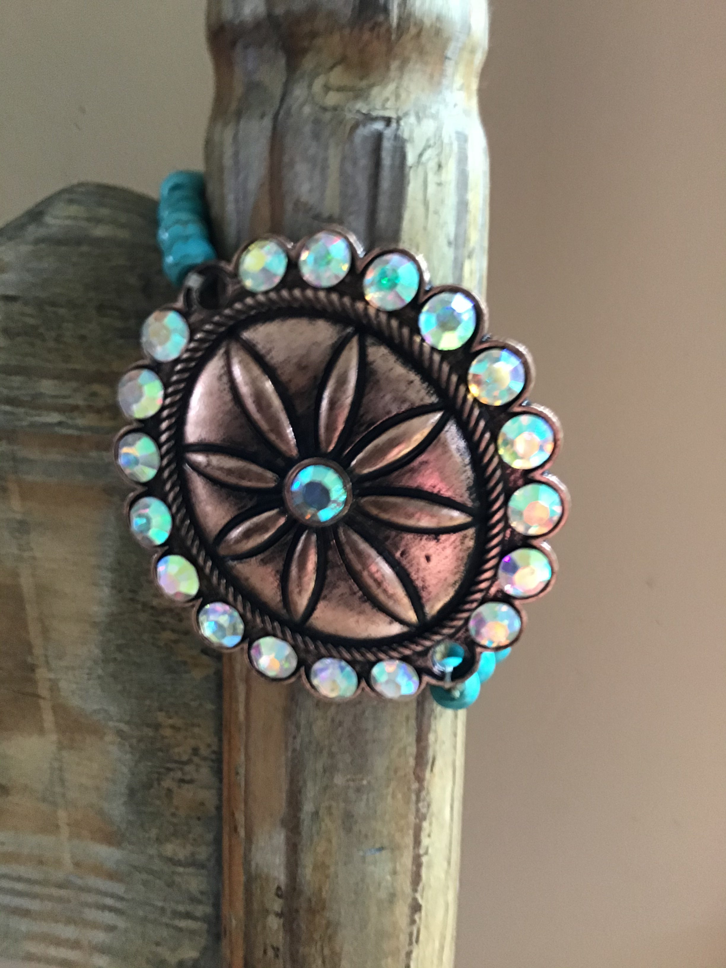 Turquoise flower style stretch bracelets