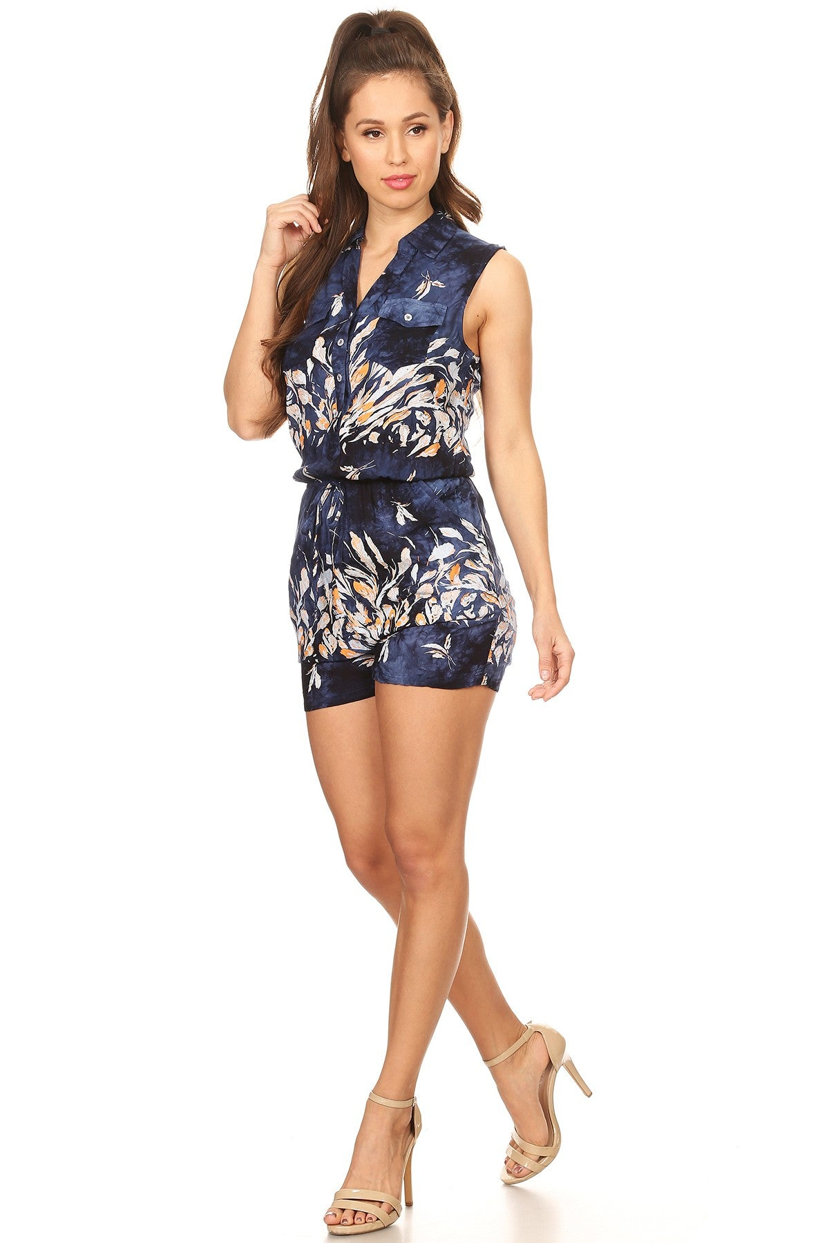 Floral printed, sleeveless romper in a fitted style