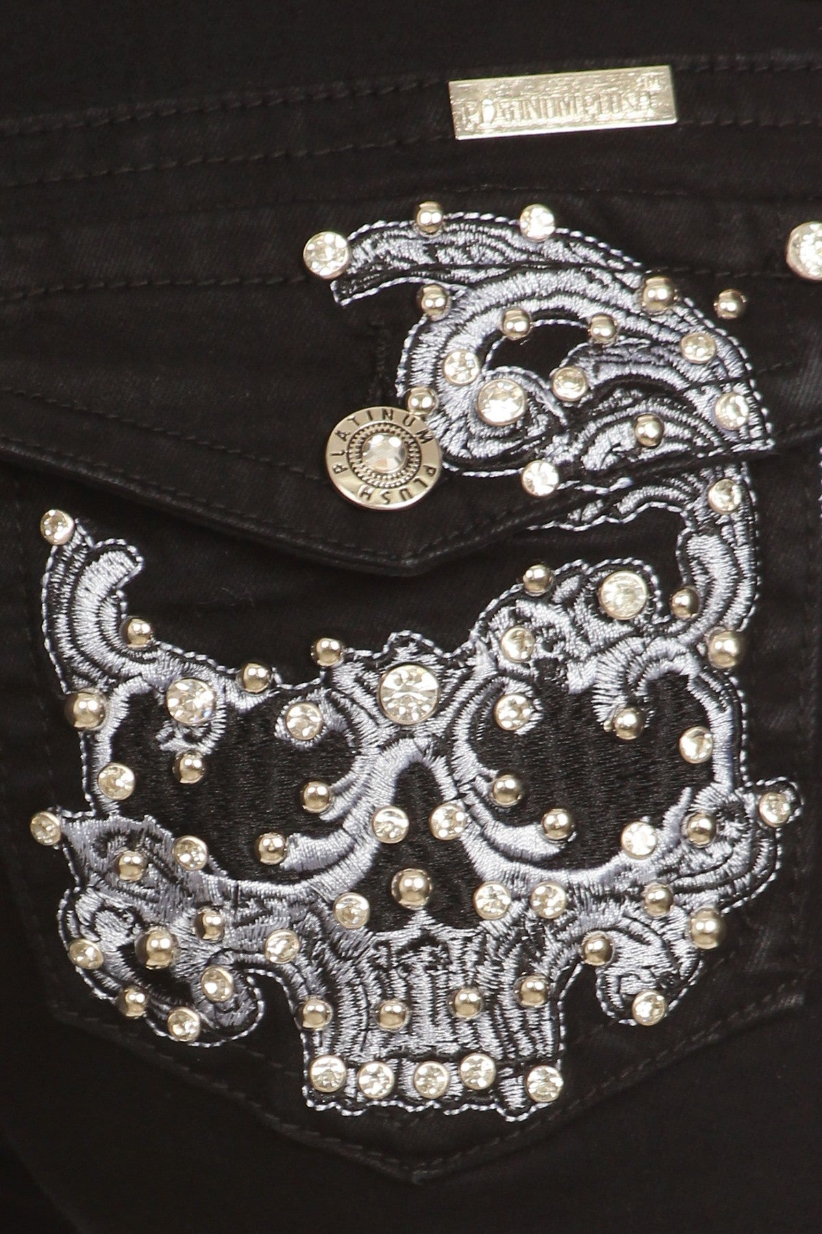 Badass skull embroidery jeans just got hotter in black denim! Biker Jeans WOMEN bling jeans