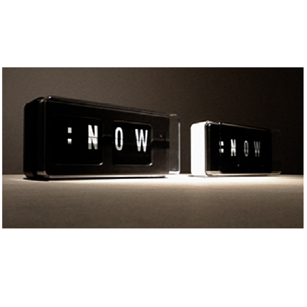 Live Now 2 / : Now Clock (Black / White)