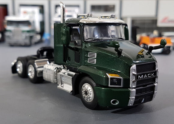 1/64  DCP / FIRST GEAR MACK ANTHEM PRIME MOVER IN MOUNTAIN GREEN