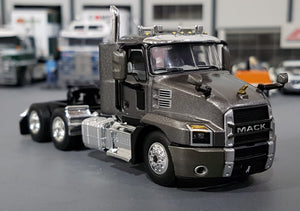 1/64  DCP / FIRST GEAR MACK ANTHEM PRIME MOVER IN GRAPHITE GRAY