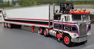 DCP / FIRST GEAR K100 KENWORTH TRAVLOS WITH TRI AXLE TRAILER