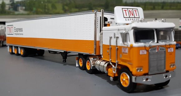 DCP / FIRST GEAR K100 KENWORTH TNT EXPRESS REFRIGERATED SERVICES WITH TRI AXLE TRAILER