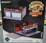 1/64 GREENLIGHT THE BUSTED KNUCKLE GARAGE WEEKEND WORKSHOP READY BUILT