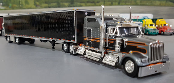 1/64 DCP / FIRST GEAR KENWORTH W900L GUN METAL/BLACK WITH DRY VAN TRAILER